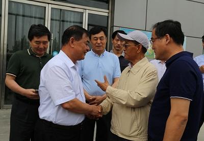 在中国人民解放军总后勤部原政委张文台