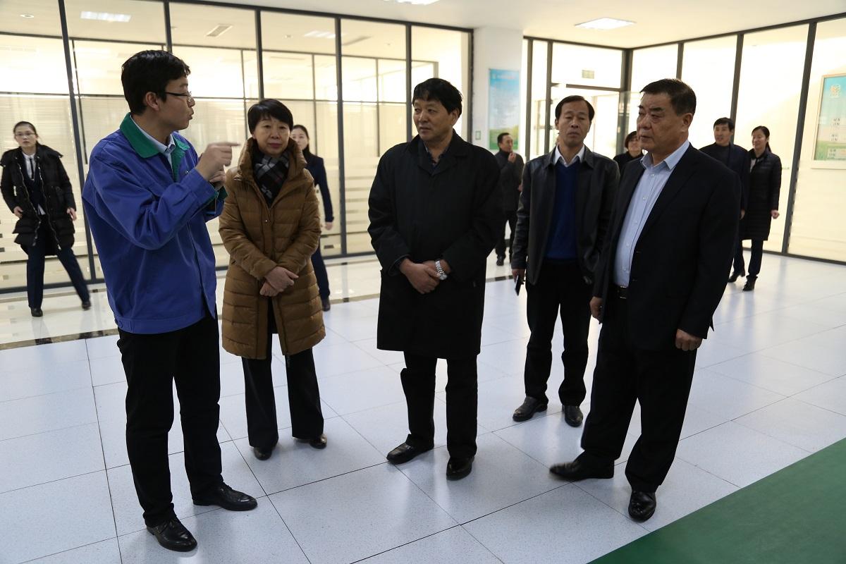 省民委巡视员马银平一行到公司调研