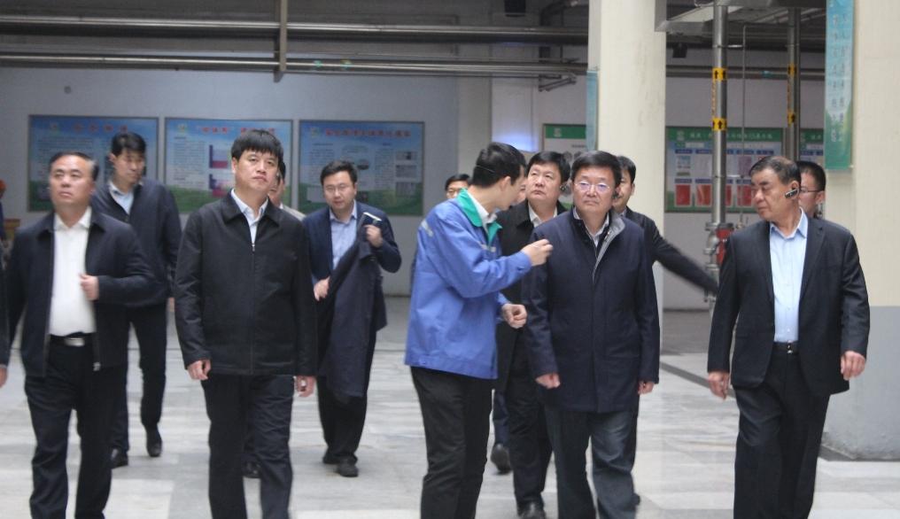市委书记佘春明到香驰控股调研